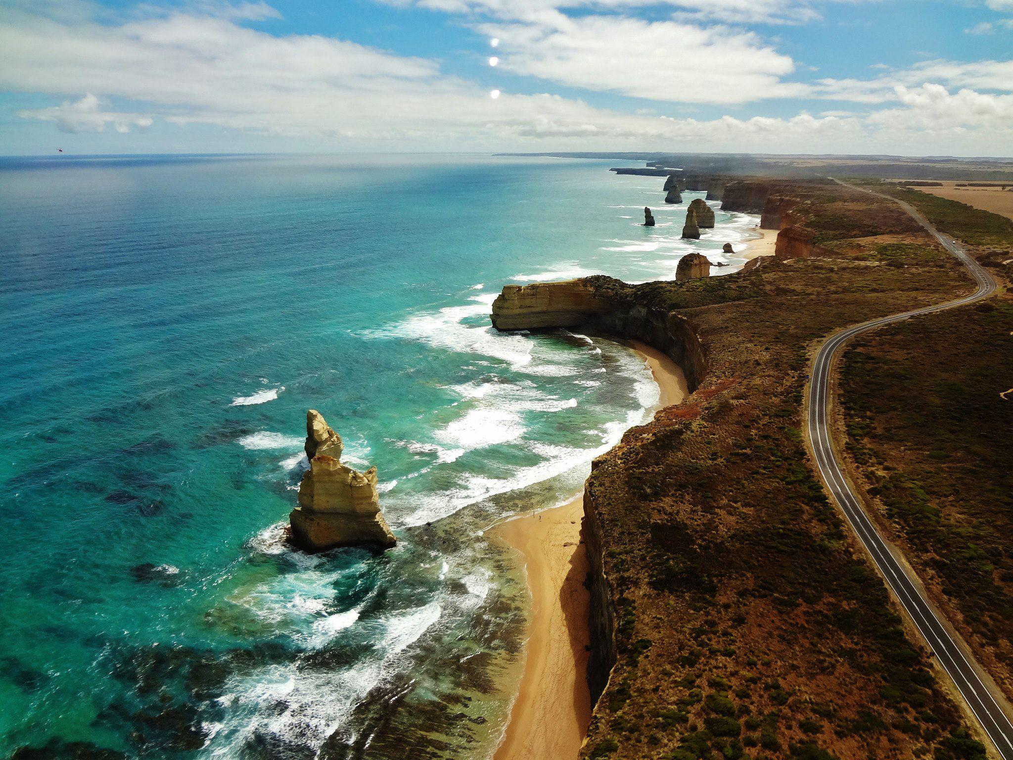 Top 5 Attractions For Driving The Great Ocean Road in 2020