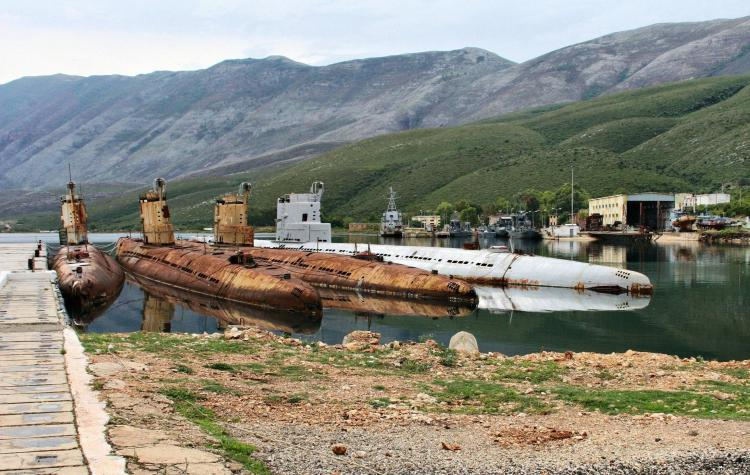 Soviet Whiskey Class Submarines Left Abandoned in Albania