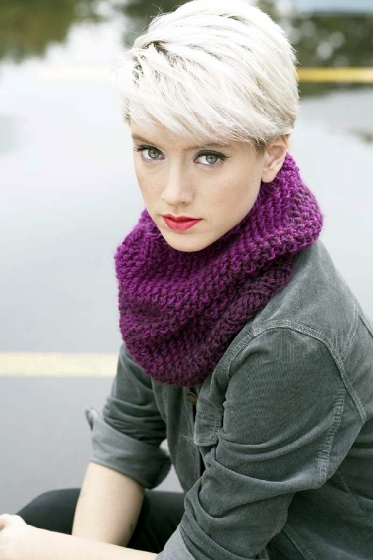 42 Pretty Pixie Haircut Ideas For Short Hair Ecstasycoffee