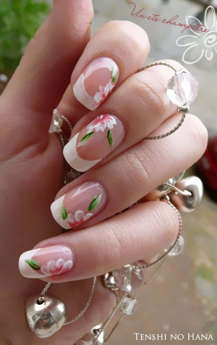 23 awesome french manicure designs ideas for women cool french manicure ideas prinsesfo Images