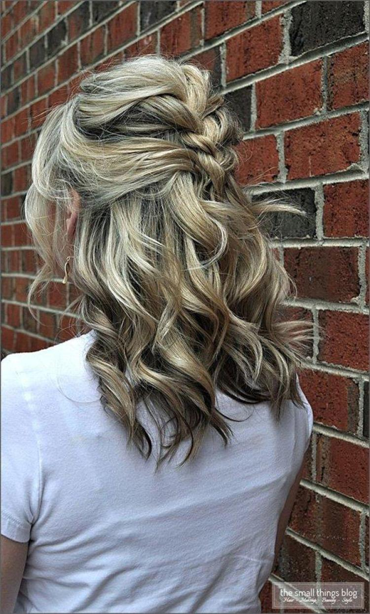 15 of The Best Medium Length Hairstyles You'll Want to ...