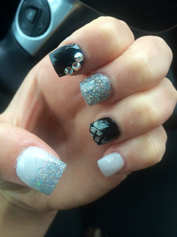 stunning prom nails ideas