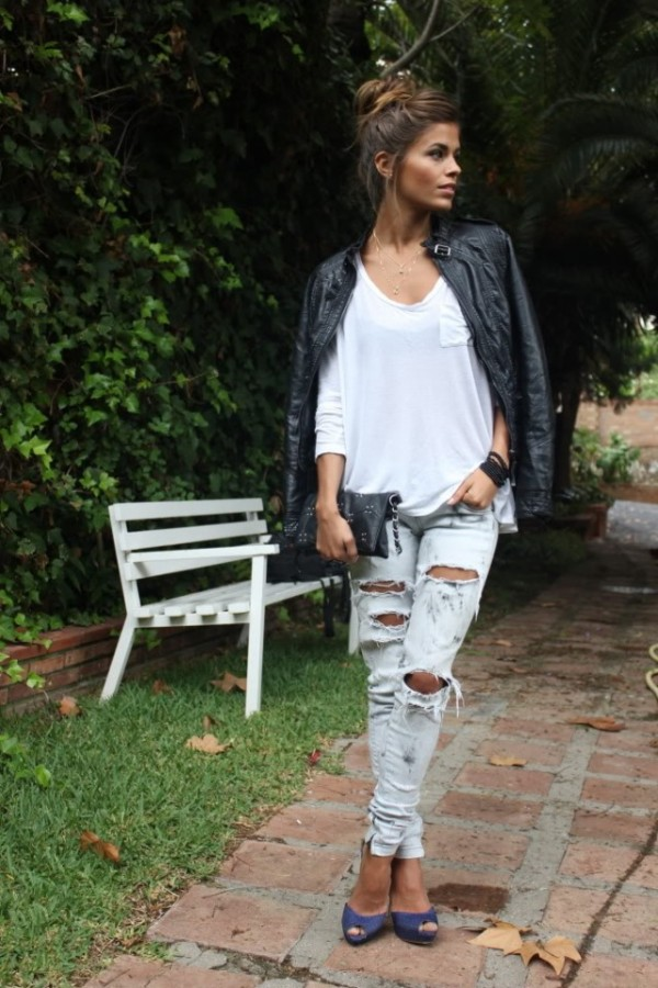 30 Ripped Jeans Outfit Thatll Make You Want To Wear Every