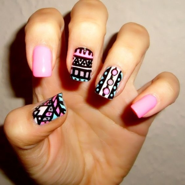 45 stylish aztec nail art designs you will love to copy a bold aztec design prinsesfo Choice Image