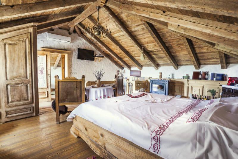 Bedroom Attractive And Functional Attic Bedroom Design: 50 Beautiful Attic Bedroom Designs And Ideas » EcstasyCoffee