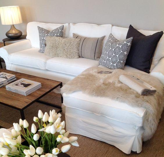 Arranging Throw Pillows On Sofa: 35 Best Colorful Throw/Sofa Pillows Ideas » EcstasyCoffee