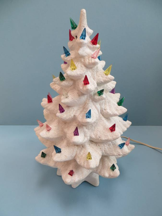 Ceramic Christmas Tree Decorations.37 Awesome Silver And White Christmas Tree Decorating Ideas