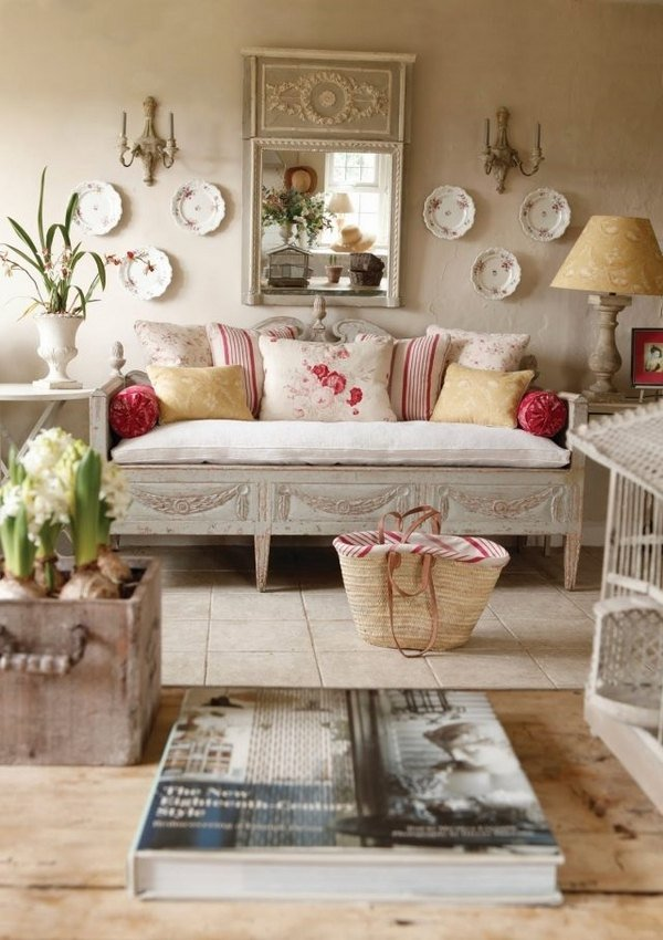 White Shabby Chic Vintage Furniture Is Typical For The Shabby Chic  ...