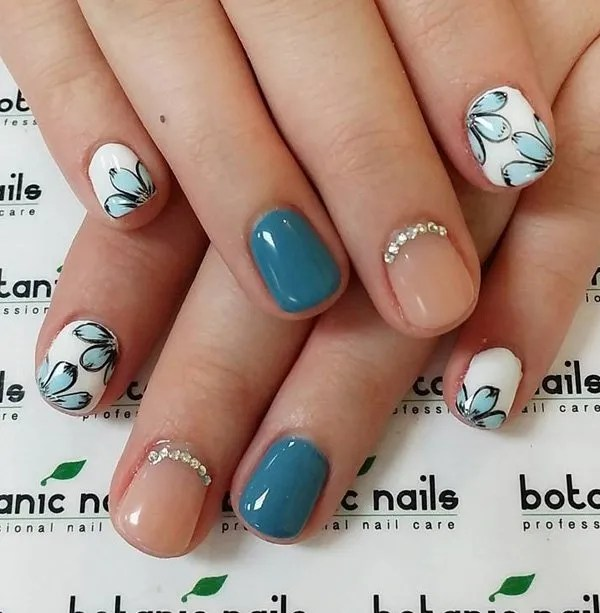 40 Best Fall/Winter Nail Art Designs To Try This Year