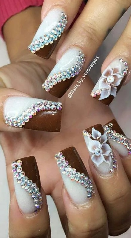... swirl-rhinestone-nails-design ... - 30 Amazing Rhinestone Nail Art Designs » EcstasyCoffee