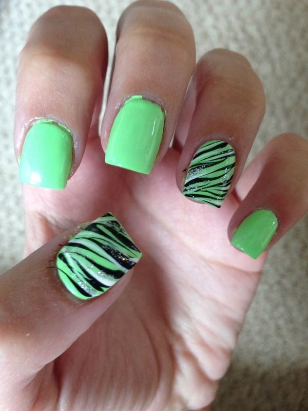 50 Beautiful And Unique Green Nail Art Designs Ideas