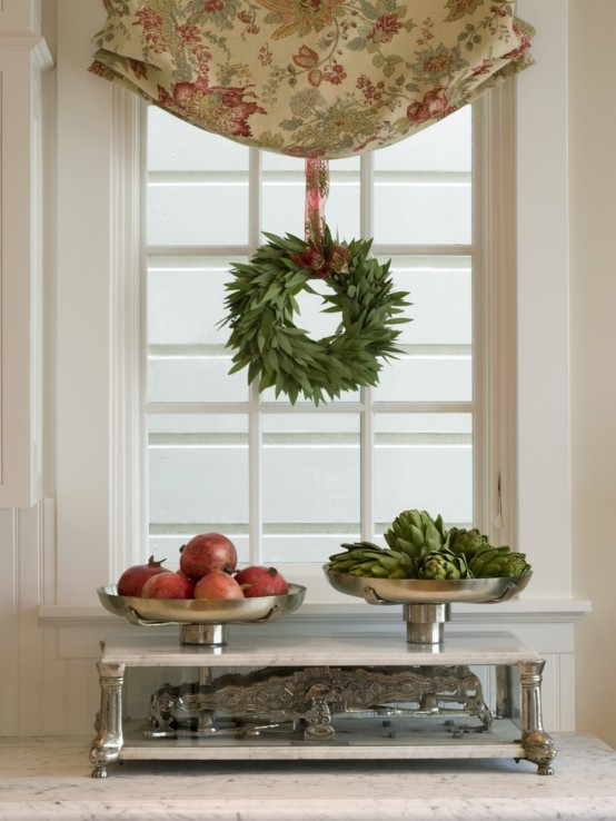 45 Cute & Creative Kitchen Decorating Ideas For Christmas