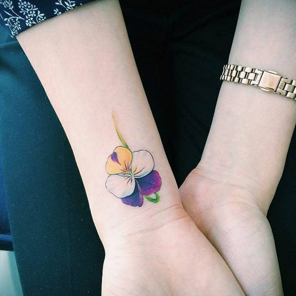 70 Creative And Beautiful Flower Tattoo Designs For Women