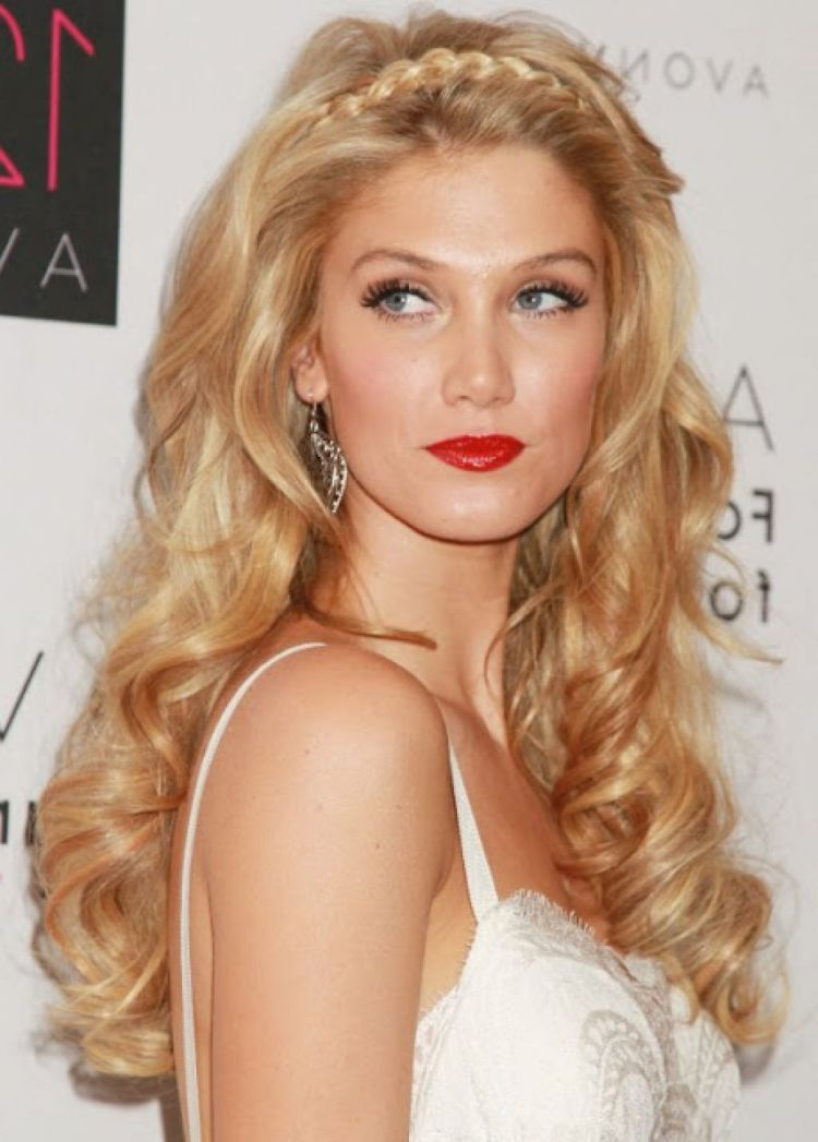 35 Most Delightful Hairstyles Ideas For New Year S Eve