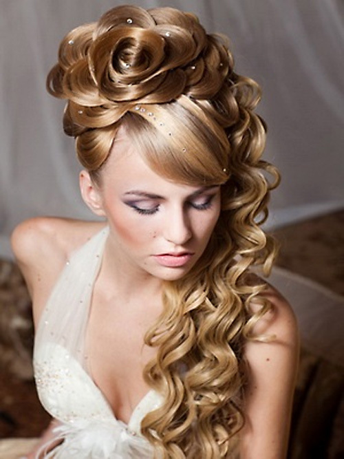 Fantastic 40 Gorgeous Corporate New Year39S Eve Hairstyle For Women Short Hairstyles Gunalazisus