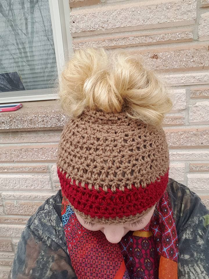 40 Awesome Messy Buns And Ponytails Hat To Try Right Now