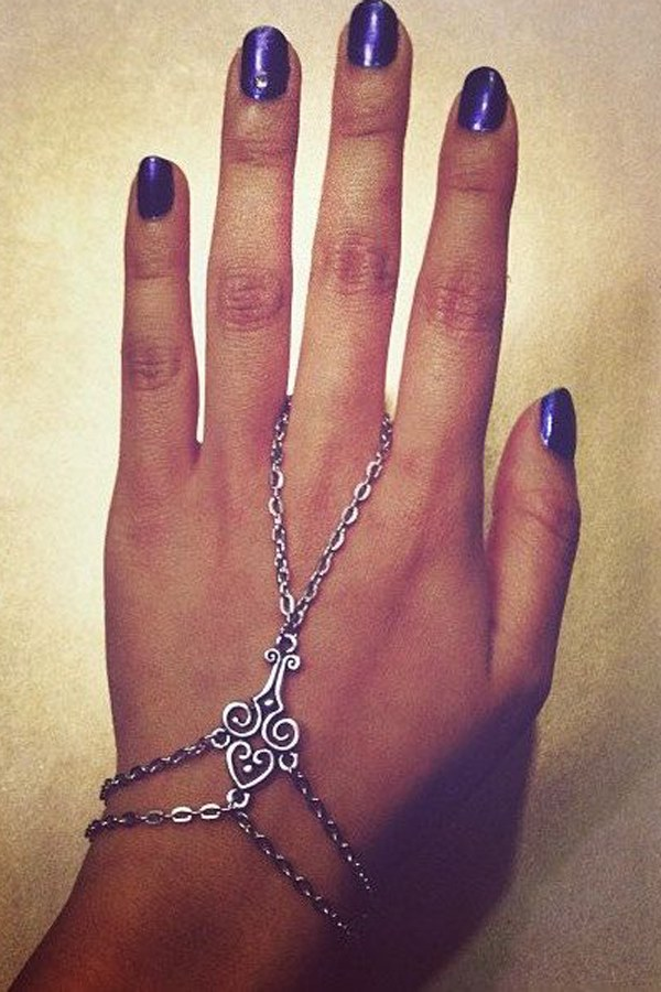 56 Gorgeous Hand Chain Jewelry Ideas For Classy Ladies