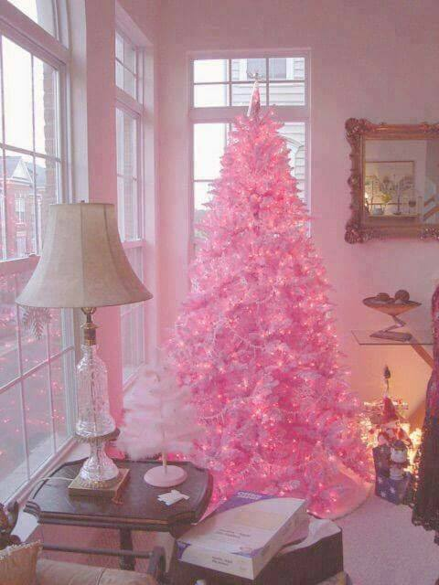 75 Creative Christmas Tree Decorating Ideas That Will