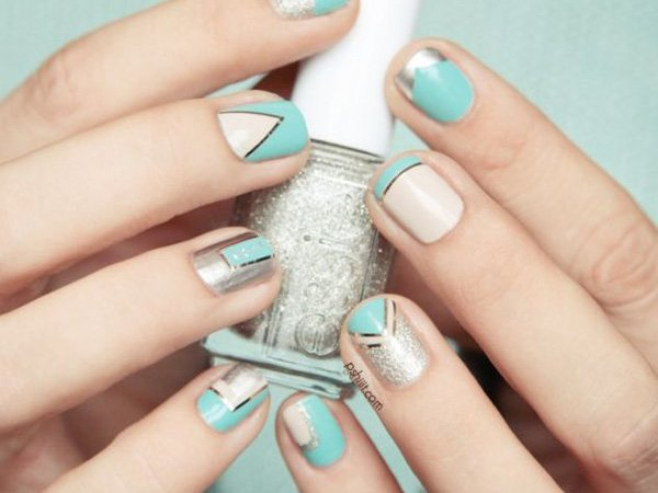 60+ Unique And Awesome Metallic Nail Designs That Are ...