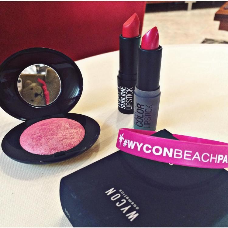 💄💋 #makeup #lipstick #blush #mattesublimelipstick #purecolorlipstick #newopening #makeuplover #makeupaddict #mua