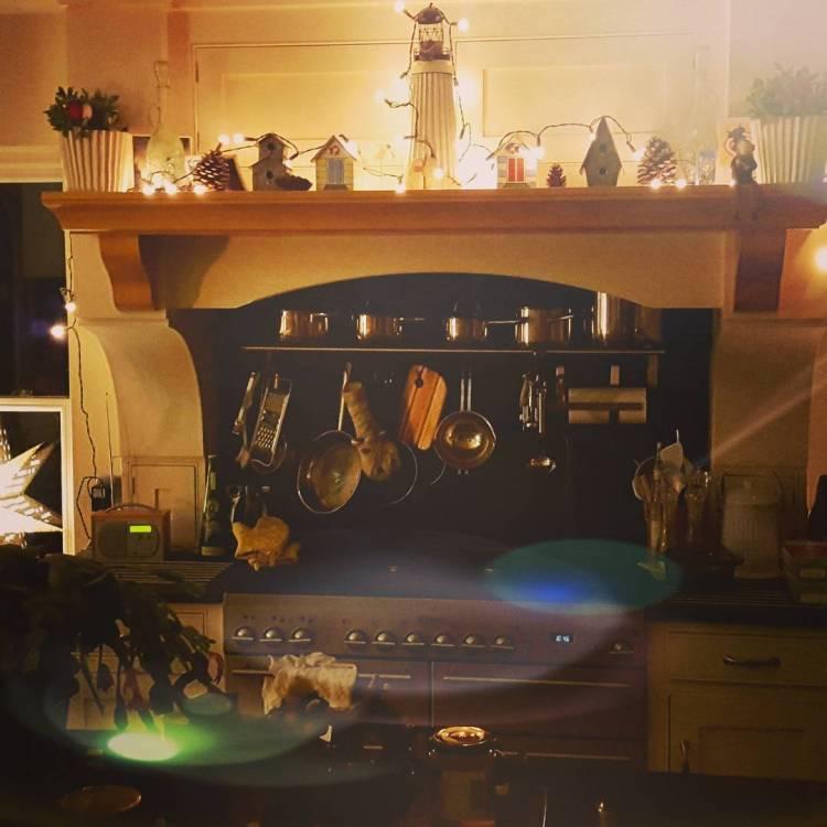 Kitchen Decorating Ideas Christmas: Christmas Kitchen : 60 Modern Christmas Kitchen Decorating