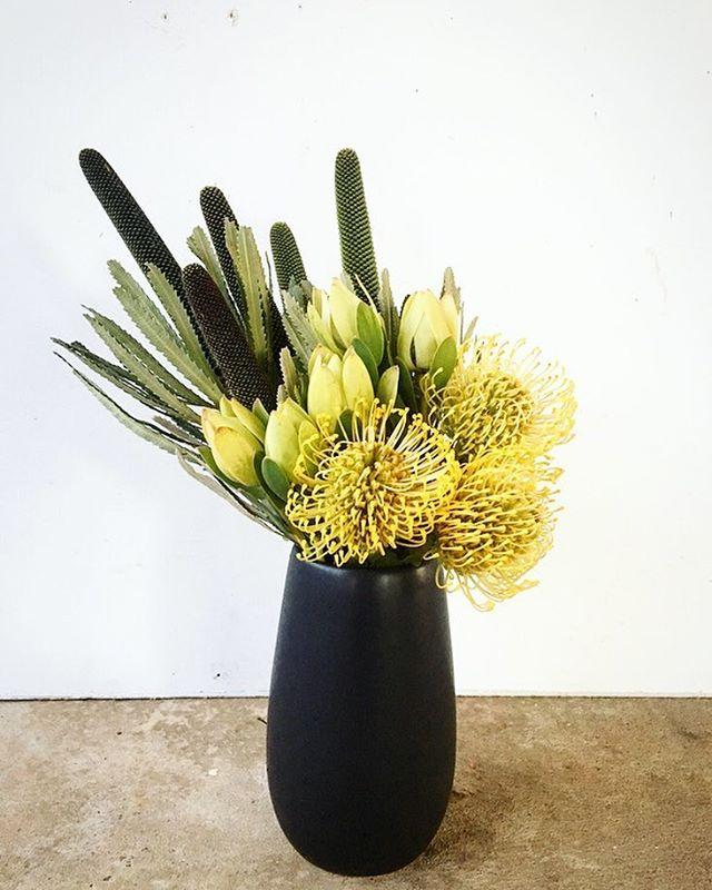 ... #vase #vasedesign #corporateflowers #yellowandgreen #vasedesign  #vasearrangement #floraldesign #floristry #araratflorist ...