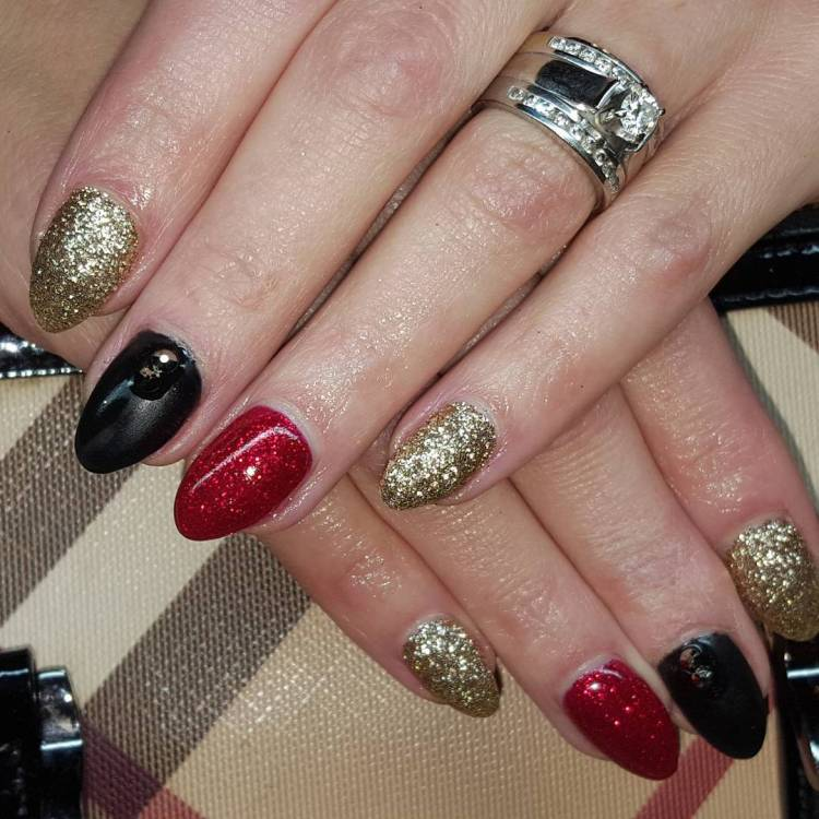 trendy sparkly nail art ideas