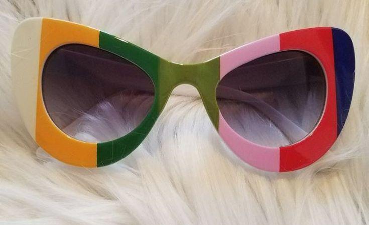 #sunnies #shadequeen👑 #boutique #summershades🌴 #fashion #pompomhat #sunglasses #eyewear #shadeplug #shadegang #hotshades #frames #eyewear #summereyewear