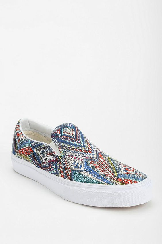 50 Stylish Pair Of Van Sneakers To Enjoy A Comfortable Day