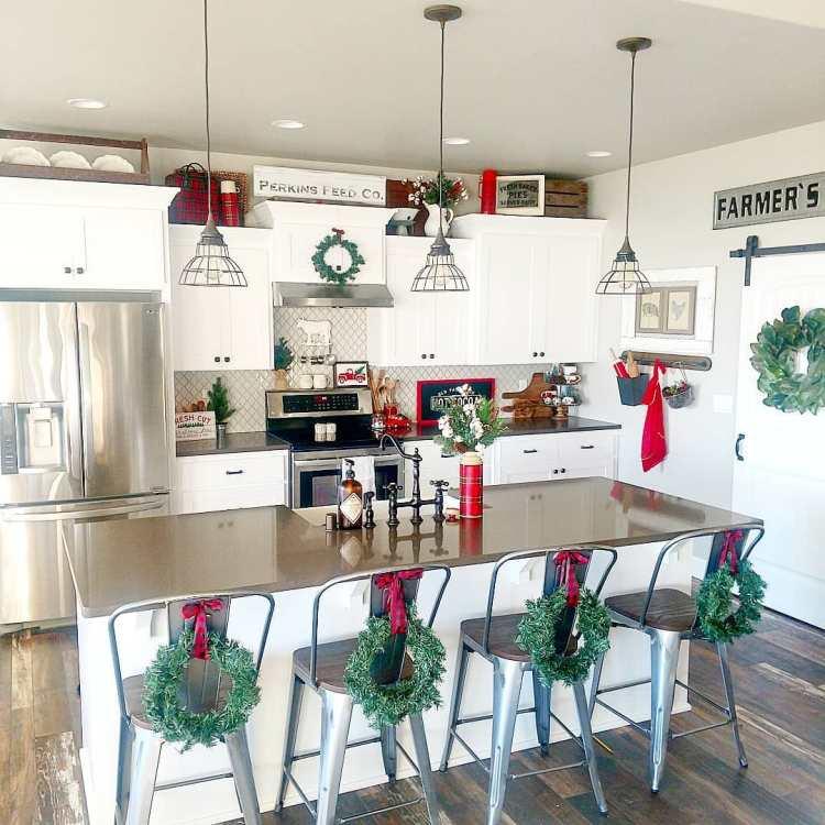 Christmas Kitchen: Christmas Kitchen : 75+ Creative Kitchen Decorating Ideas