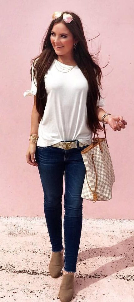 White Tee + Navy Skinny Jeans + Brown Booties