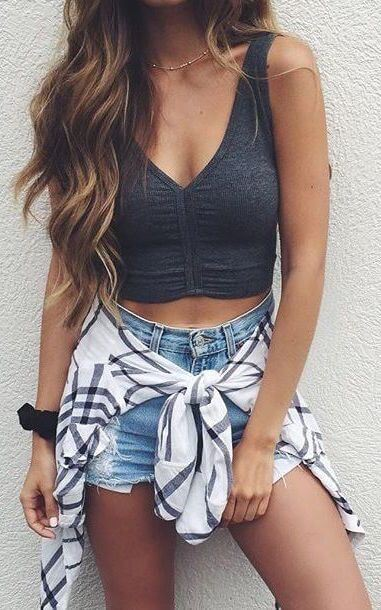 Contouring with Denim Shorts