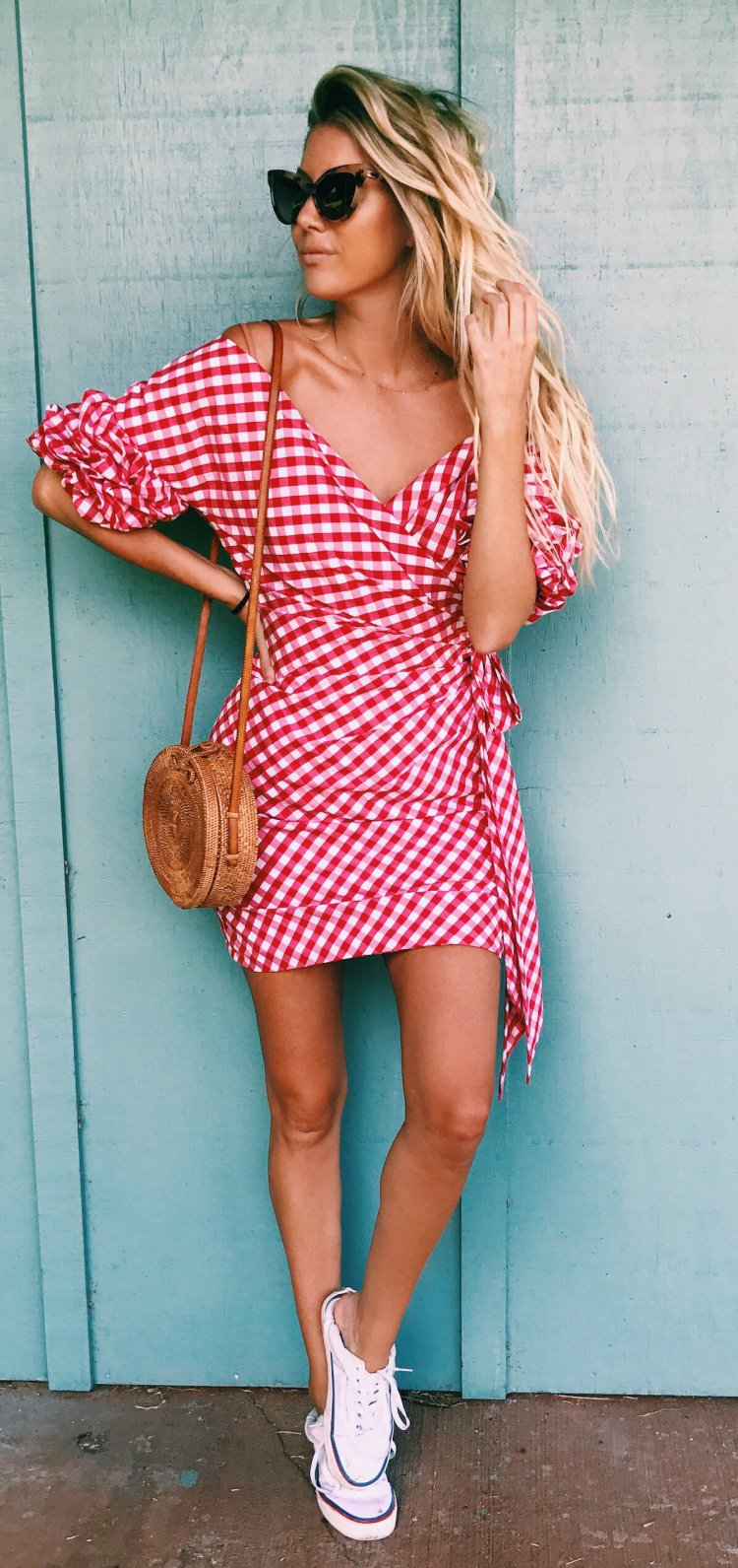 bcab953e0d61 women s red and white v-neck midi dress