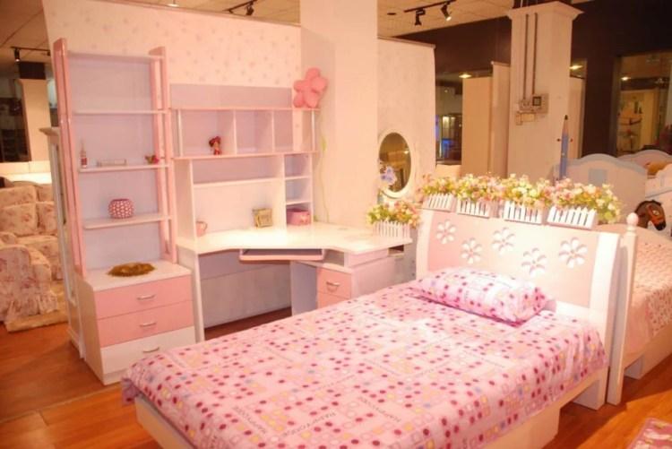 40 Beautiful Wedding First Night Bedroom Decoration Ideas -9157