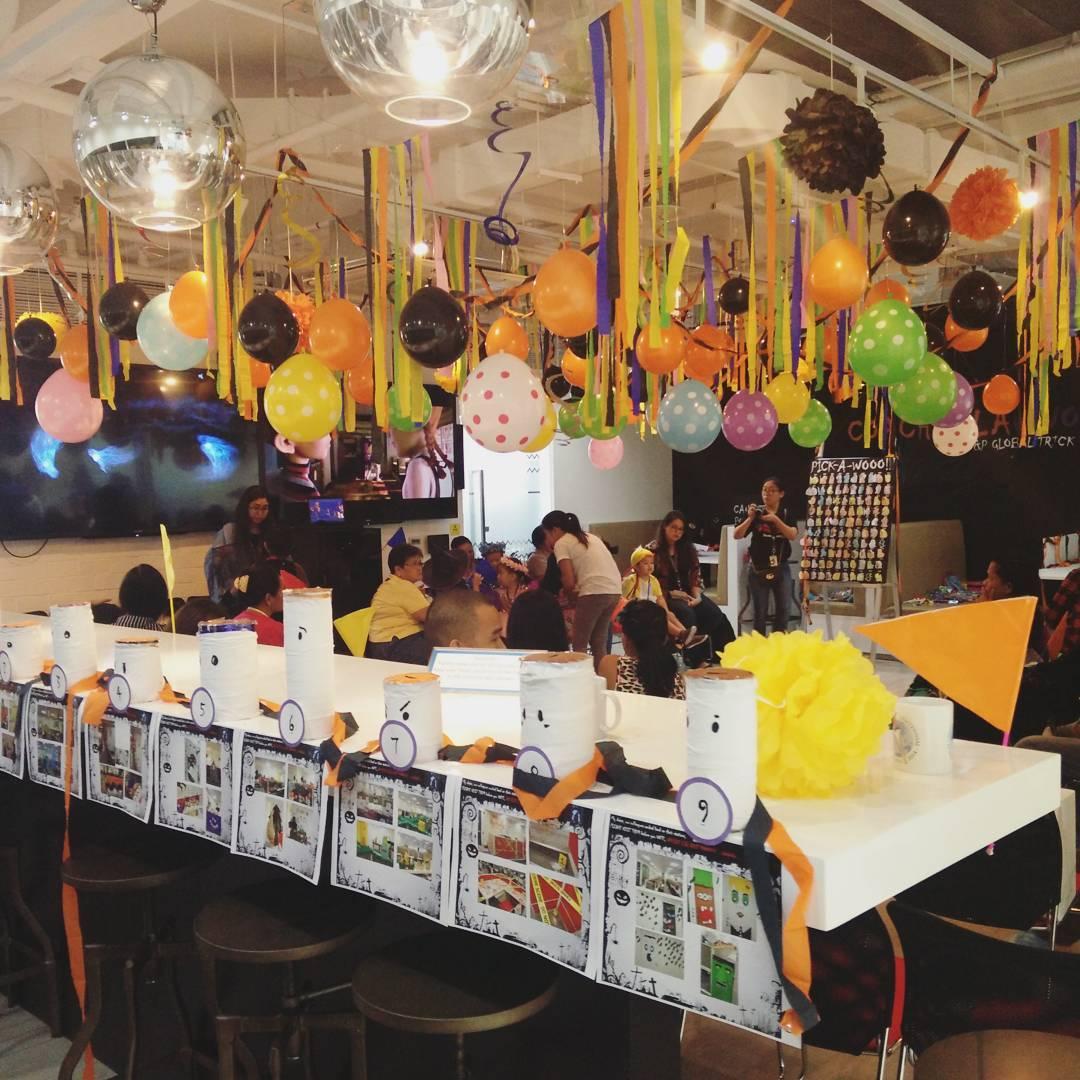 30 Cute Office Halloween Decorations Ideas » EcstasyCoffee