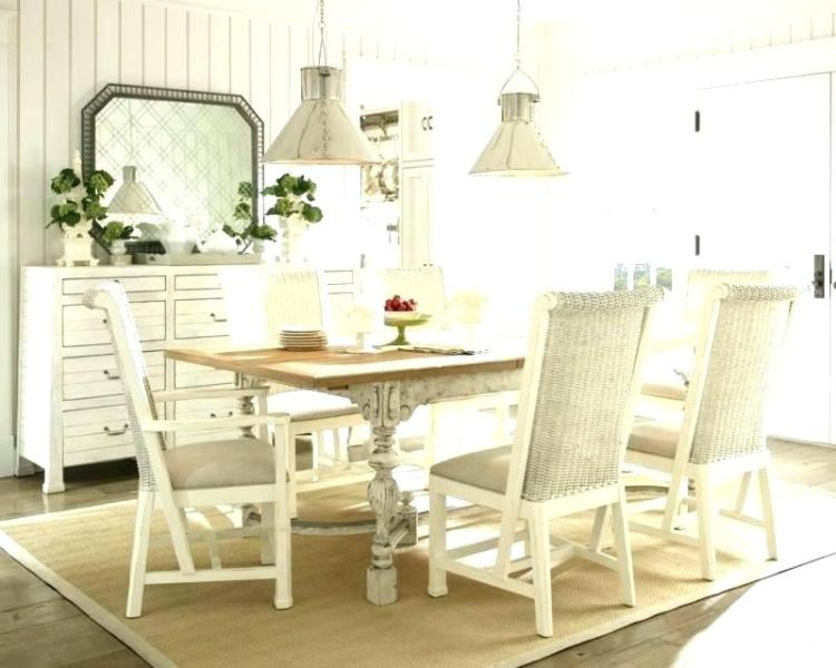 50 Simple Yet Stunning Country Dining Table Ideas » EcstasyCoffee