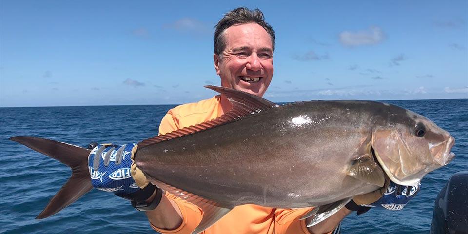 bottom fishing ecuagringo galapagos 01