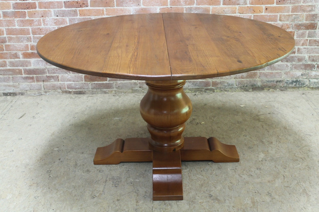 Round Pedestal Table wExtension  ECustomFinishes