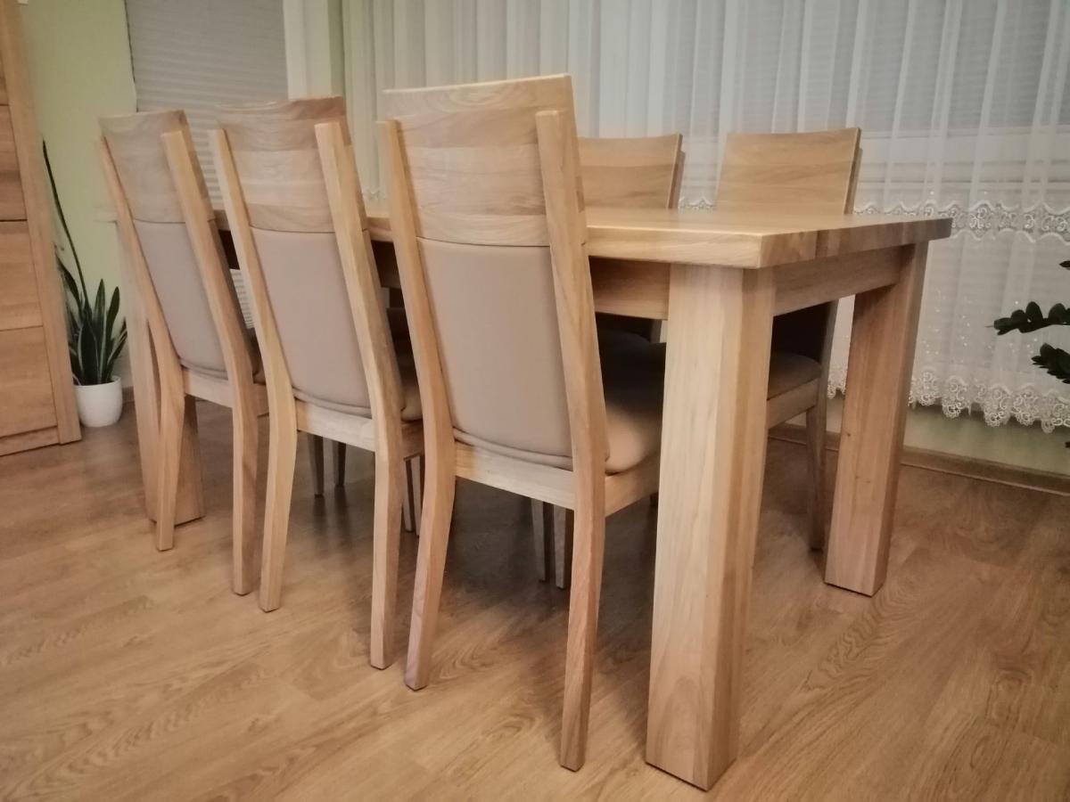 masywny stół dębowy naturalny bezsęczny