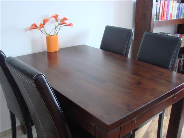 stół z litego drewna, stół drewniany