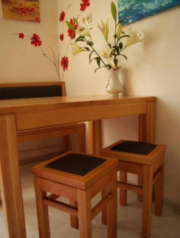 Meble drewniane, Kącik kuchenny z litego drewna