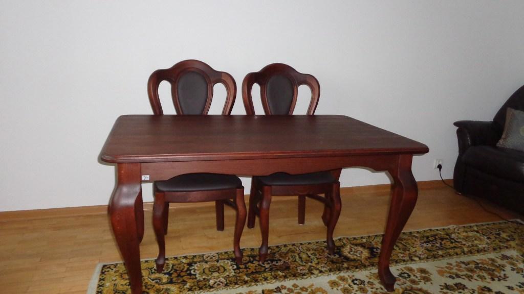 Stół drewniany z drewna bukowego kolor la ludwik styl