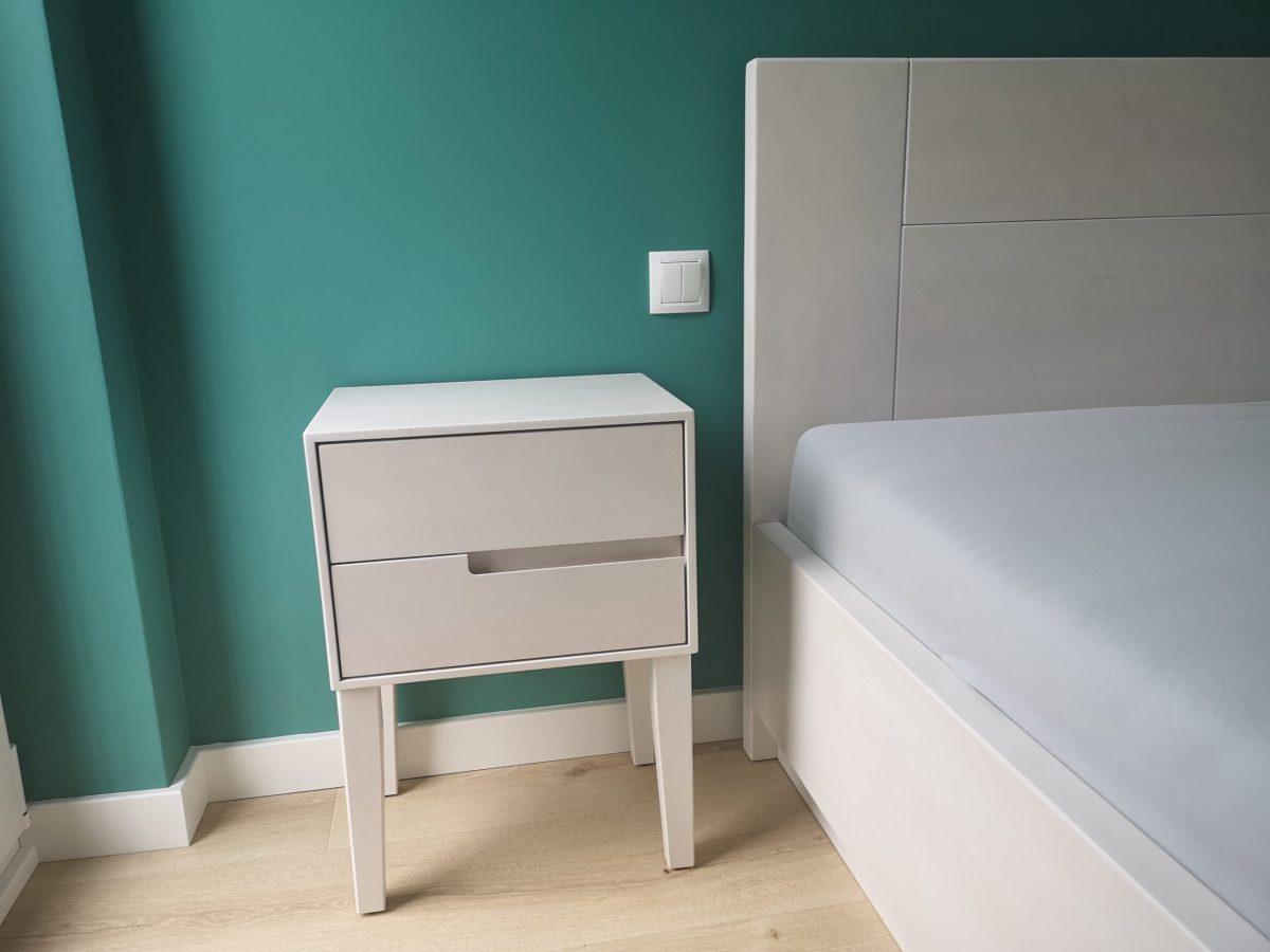 szafka nocna bukowa bielona