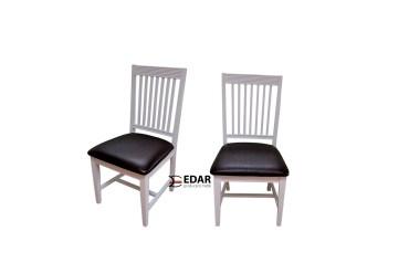 krzesła Winter w kolorze białym tapicerowane skórą
