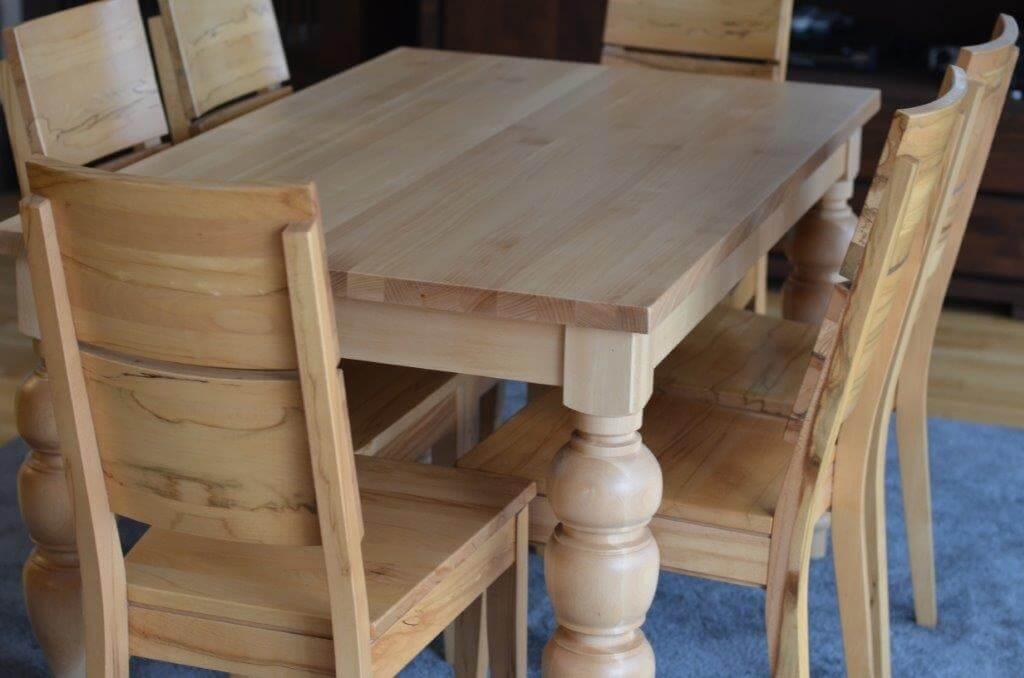stół bukowy nogi toczone