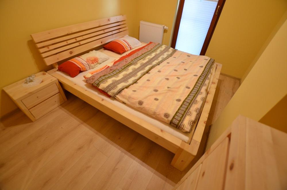 sypialnia z drewna limby