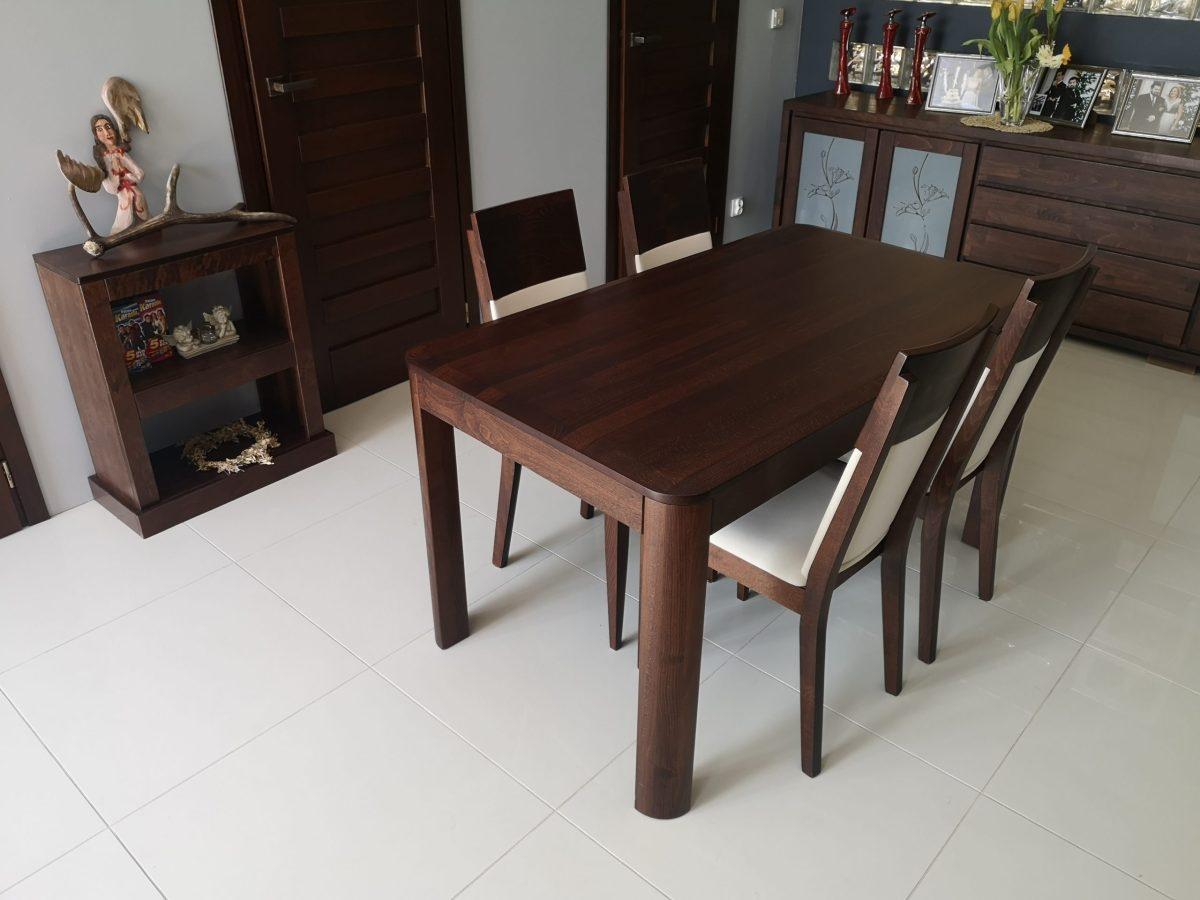 Stół i krzesła do jadalni bukowe