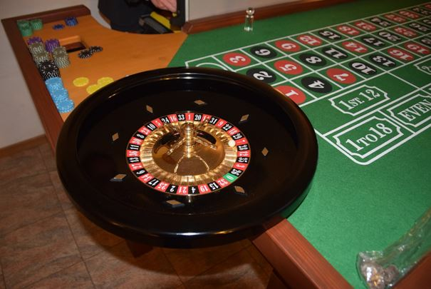 How To Play American Roulette Online