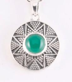 zilveren hanger met groene onyx
