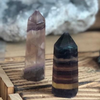 obelisk fluoriet gepolijst mineralen